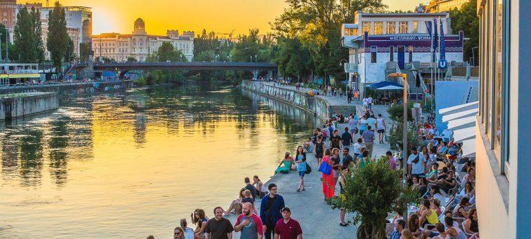 Stammtisch Ιουνίου στο Donaukanaltreiben